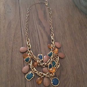 Jewelry - Beaded gold necklace